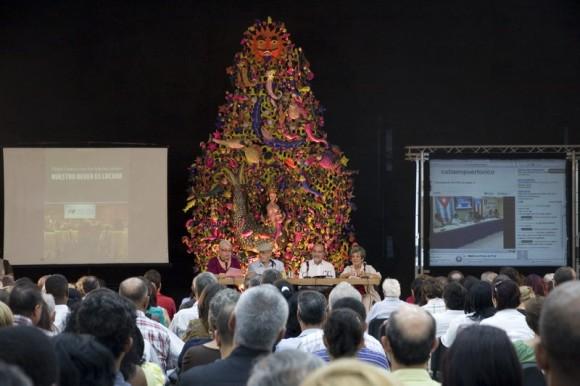 """Presentación del libro """"Nuestro deber es luchar"""". Foto: Abel Carmenate/ Casa de las Américas"""