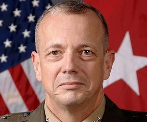 El escándalo Petraeus salpica al jefe de la OTAN en Afganistán