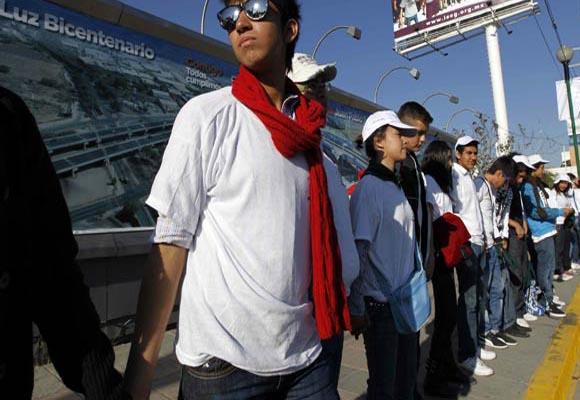Voluntarios esperaban ansiosos la llegada del Papa. Fuente: EFE