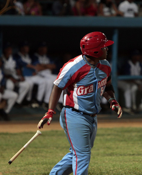 Alfredo Despaigne impone nuevo record de jonrones en una Serie Nacional. Foto: Ismael Francisco/Cubadebate