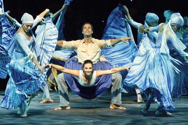 El Mar, una de las coreografías más interesantes de la puesta
