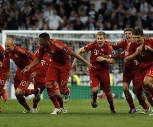 Bayern consolida su liderazgo con importante goleada en Dortmund (3-0)