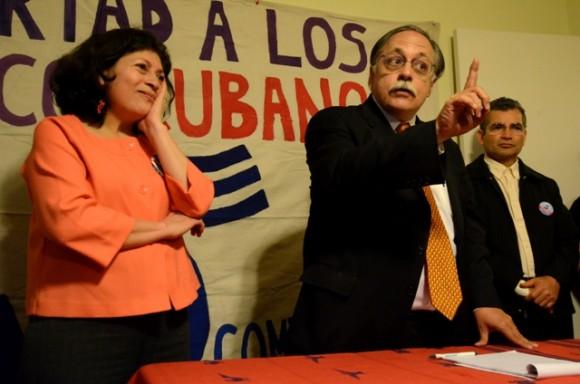 José Pertierra en el encuentro en Mariland. Foto: Bill Hackwell