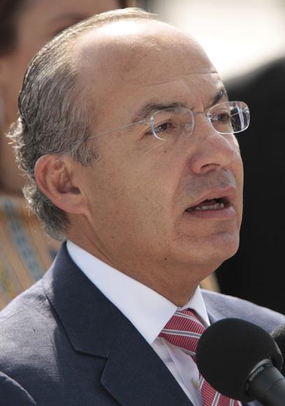 Declaraciones a la prensa de Felipe Calderón, presidente de México, en el aeropuerto Jóse Marti. Foto: Ismael Francisco/Cubadebate.