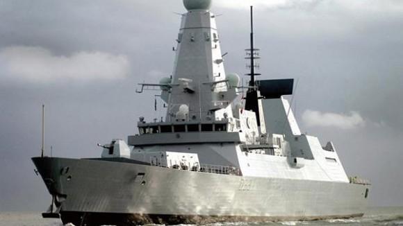 EL INTRÉPIDO2. Así se llama el moderno buque de guerra británico.