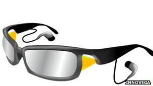 En Innovega creen que las lentes de contacto podrían dar lugar al uso de gafas con proyectores incorporados.