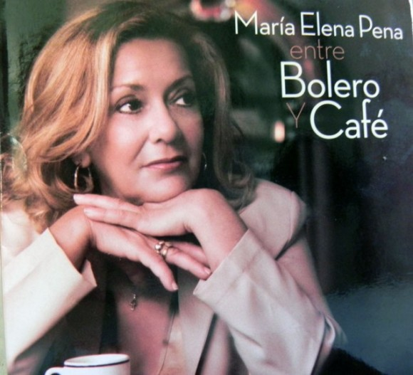 Portada y carátula del disco. Foto: Marianela Dufflar