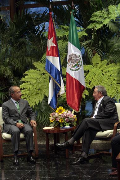 Conversaciones Oficiales entre Raul Castro, presidente de Cuba y Felipe Calderon, presidente de Mexico. Foto: Ismael Francisco/Cubadebate.