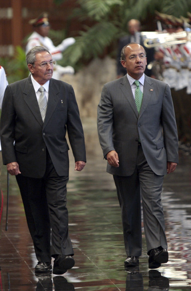 Recibimiento Oficial de Raul Castro presidente de cubano, a su homologo de Mexico Felipe Calderon. Foto: Ismael Francisco/Cubadebate.