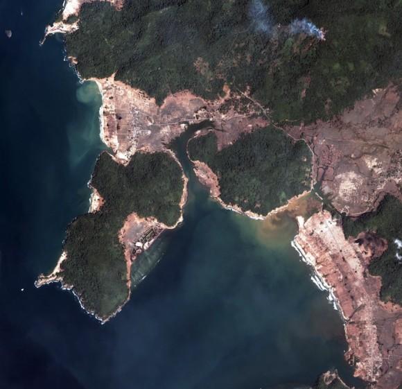 URGENTE:Atencion Fuerte Terremoto En JAPON y ECUADOR. Postar Info Aqui. Tsunami-indonesia-580x561