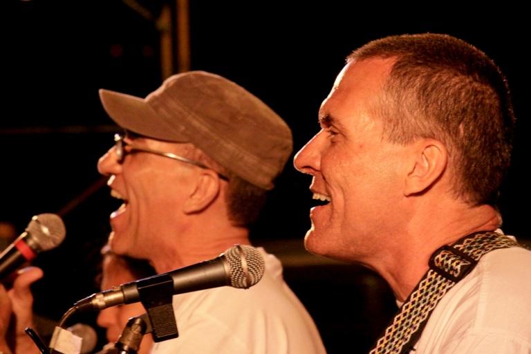 Pedro y Roberto Novo, celebrando treinta años de vida artística
