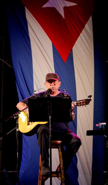 Canta un cubano