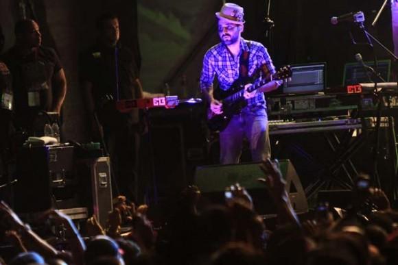 Calle 13 hizo vibrar al público presente en el concierto que tuvo lugar en el Paseo Los Próceres, en Caracas. Foto: AVN