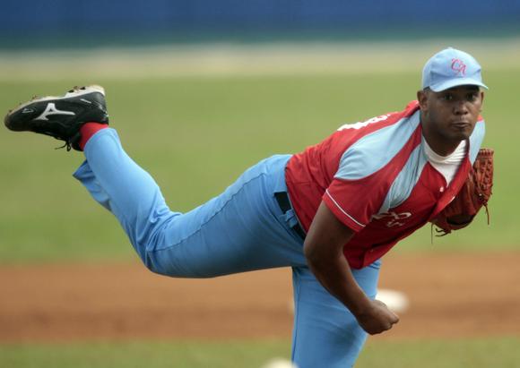 Vladimir Garcia, gano su juego 14 en linea en la acutal campaña.  Foto: Ismael Francisco/Cubadebate.