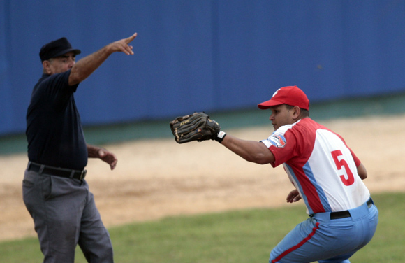 Lucero canta buena bola.  Foto: Ismael Francisco/Cubadebate.