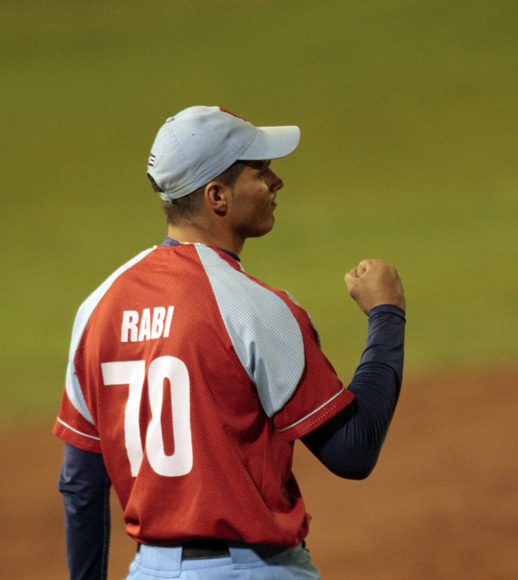 Yadir Rabí, tiró un buen relevo. Foto: Ismael Francisco/Cubadebate.