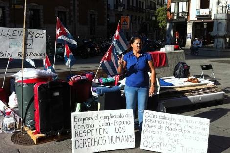Cubanos acampados en Madrid.