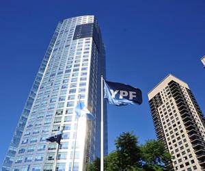 Repsol arremete contra YPF