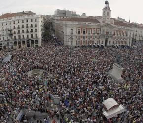 Fiebre de indignación en España: 75 porciento de jóvenes apoya el 15-M