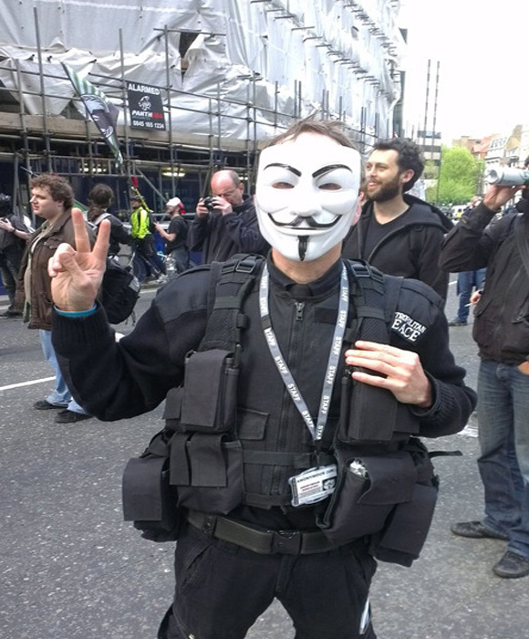 Anonymous parece sumarse a la protesta