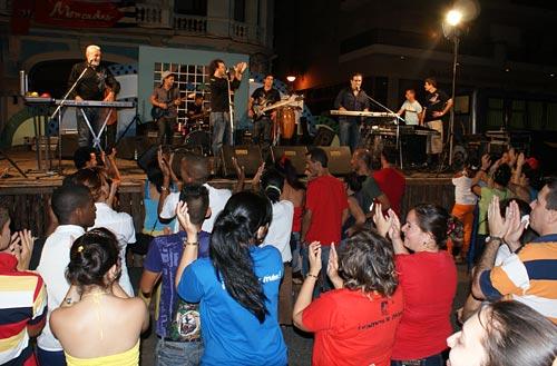 Grupo Moncada en concierto. Foto: César Gómez Chacón