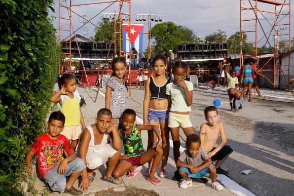 Amantes del lente Foto: Alejandro Ramírez/Cubadebate