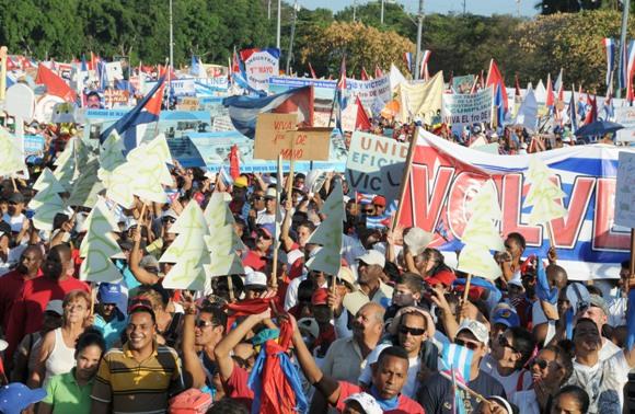 Desfile por el Primero de Mayo Foto: Ladyrene Pérez/Cubadebate