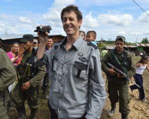 Periodista francés liberado: Las FARC abogan por un proceso de paz