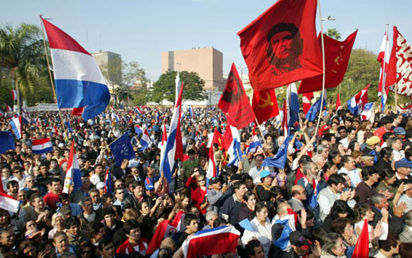 Acto de toma de Posesión, del presidente Fernando Lugo, en la sede del Congreso Nacional. Foto: Ismael Francisco/Cubadebate.