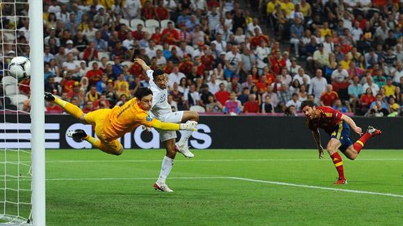 Alonso bate a Lloris. Foto: UEFA.