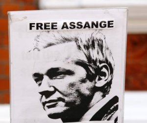 http://www.cubadebate.cu/wp-content/uploads/2012/06/assange.jpg