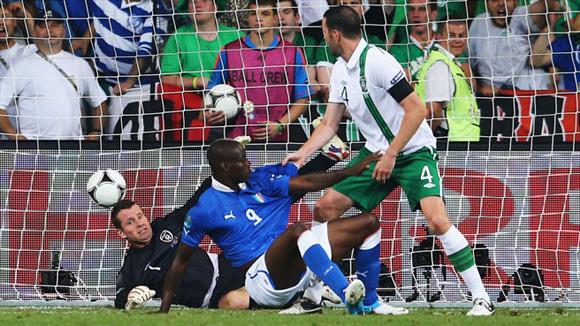 Balotelli, genio y figura. Foto: UEFA.