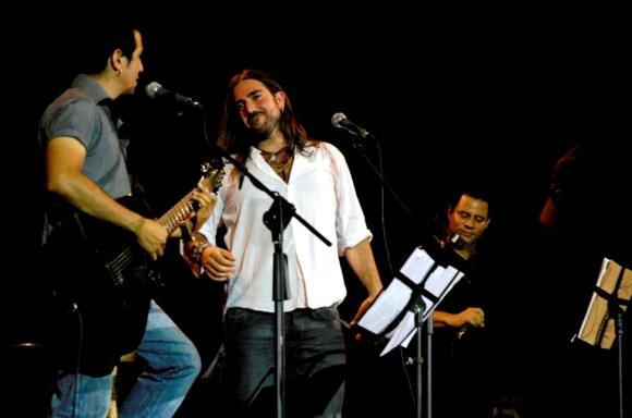 Entre viejas y nuevas canciones transcurrió el concierto. Foto: Anabel Díaz Mena/Cubadebate