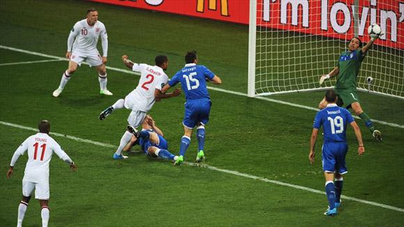 Paradón del capi azzurra. Foto: UEFA.