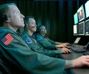 Snowden: EE.UU. prepara armas cibernéticas para la guerra digital