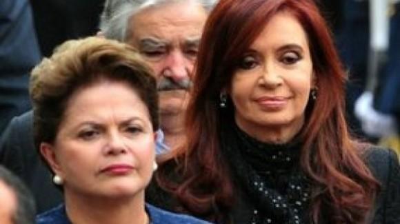 Cristina y Dilma en Mendoza. Detrás, el presidente de Uruguay José Mujica.