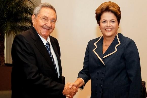 Encuentro de los presidentes Raúl Castro y Dilma Rousseff en Rio de Janeiro, el 22 de junio de 2012. Foto:Roberto Stuckert Filho/PR