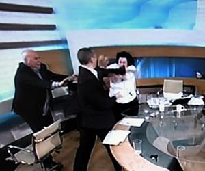 diputado-nazi-griego-agrede-a-legisladora