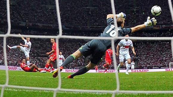 Esfuerzo baldío. Fotos: UEFA.