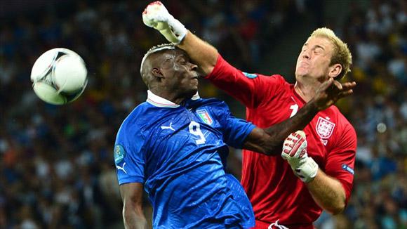 Intercambio de caricias. Foto: UEFA.