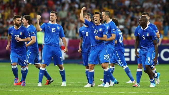 La alegría viste de azul. Foto: UEFA.