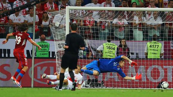 Jiracek apuntaló a los checos. Foto: UEFA.