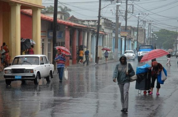 Aviso Especial por lluvias intensas en occidente cubano
