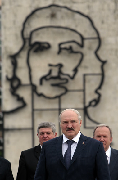 Noticias sobre las relaciones de Cuba con otros países. Lukashenco01