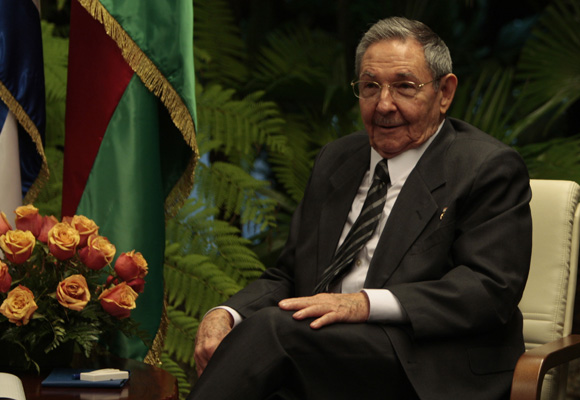 Raúl Castro presidente cubano en el Palacio de la Revolución. Foto: Ismael Francisco/Cubadebate.