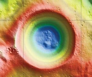 El Shackleton contiene agua helada. Foto: NASA.