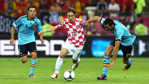 Modric, artista a cuadros. Foto: UEFA.