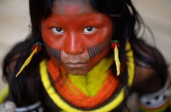 Indígena. Foto: Ricardo Moraes/Reuters