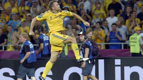 Sheva salvó a Ucrania. Foto: UEFA.