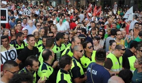 Policías, en la manifestación en Madrid. Foto: Dominique Faget/AFP.